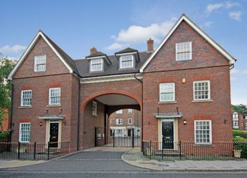 Thumbnail 3 bed terraced house to rent in London Road, Horsham