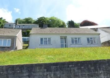Thumbnail 3 bed bungalow to rent in Trenance Road, St. Austell