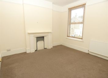 2 bed flat to rent in Grove Road, Ramsgate CT11