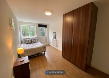 Thumbnail Room to rent in Homesdale Road, Bromley