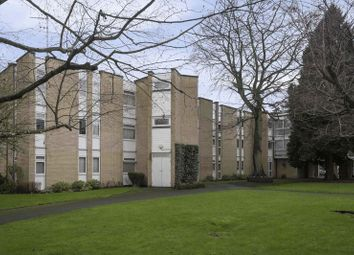 Thumbnail 2 bed flat to rent in Winchester Close, Enfield