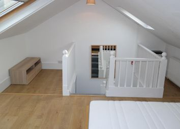 Thumbnail 2 bed flat to rent in Glenilla Road, Belsize Park