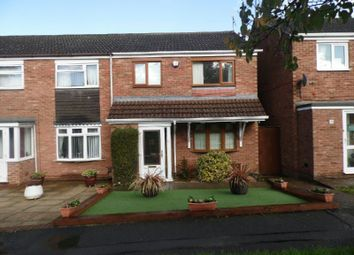 3 bed semi-detached house to rent in Cooper Close, Aylestone, Leicester LE2