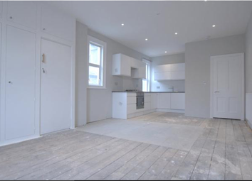 Thumbnail 4 bed maisonette to rent in Replingham Road, Southfields, London