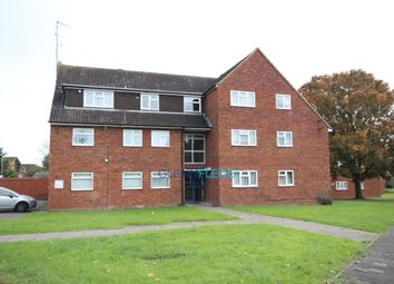 Thumbnail 2 bed flat to rent in Lent Green Lane, Burnham, Slough