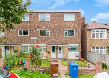 Thumbnail 2 bed flat for sale in Homestall Road, London