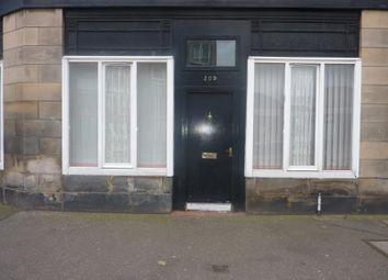 2 bed flat to rent in Pleasance, Edinburgh EH8