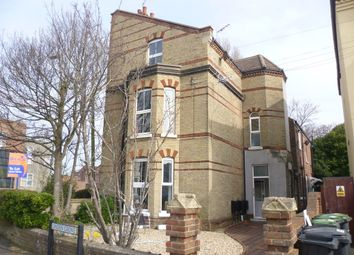 Thumbnail Studio to rent in Linden Grove, Gosport