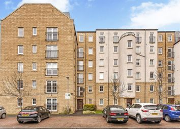 Thumbnail 2 bedroom flat for sale in 6/5 Giles Street, The Shore, Edinburgh