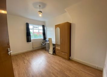 Thumbnail 4 bed flat to rent in Gill Street, Poplar