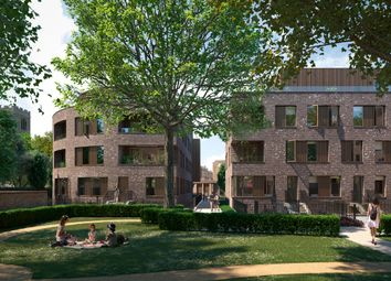 Thumbnail 2 bed flat for sale in Hackney Gardens, London