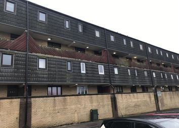 Thumbnail 3 bedroom flat to rent in Braehead Road, Cumbernauld, Glasgow