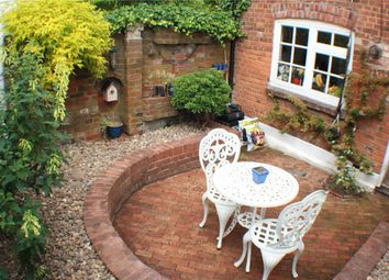 Thumbnail 1 bed terraced house to rent in Aylesbury End, Beaconsfield