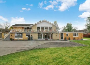 Thumbnail 6 bed detached house for sale in Lecole Walk, High Street, Botley, Southampton