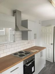 3 bed property to rent in Convamore Road, Grimsby DN32