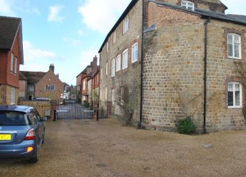 Thumbnail 2 bed flat to rent in North Street, Midhurst