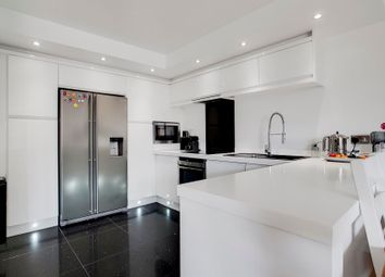 Thumbnail 2 bedroom flat for sale in Anchorage Point, Canary Wharf