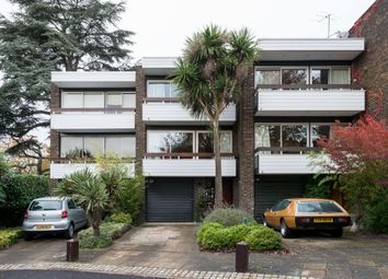 Thumbnail 4 bed terraced house for sale in Greatwood, Chislehurst