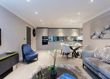 Thumbnail 3 bed flat for sale in Great North Way, London