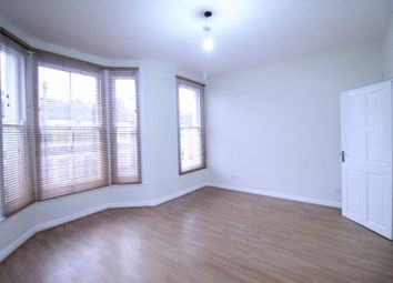 3 bed terraced house to rent in Glenthorne Road, London E17