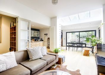Thumbnail 2 bed flat for sale in Woodland Gardens, London