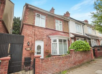 Thumbnail 4 bedroom end terrace house for sale in Ferndale Road, Luton