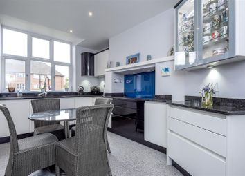 Thumbnail 2 bedroom flat for sale in Mulgrave Road, Sutton