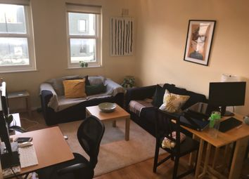 Thumbnail 2 bed flat to rent in Cross Street, Islington