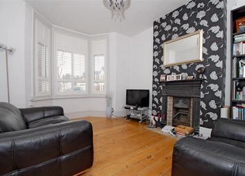 Thumbnail 1 bed flat to rent in Glengall Road, Queens Park, London