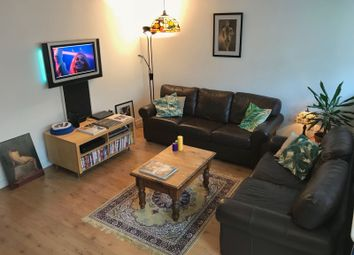 Thumbnail Flat to rent in Compton Street, London