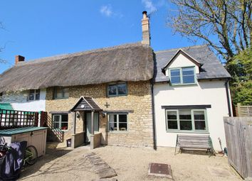 Thumbnail 2 bed cottage to rent in Rack End, Standlake, Witney