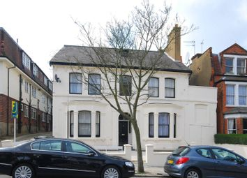 Thumbnail 3 bed flat to rent in Muswell Ave, Muswell Hill