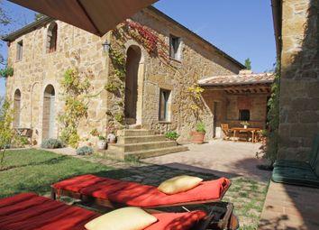 Thumbnail 4 bed country house for sale in Via Dei Ciondoli, Montepulciano, Siena, Tuscany, Italy