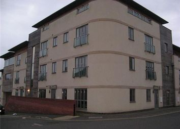 Thumbnail 1 bed flat to rent in Richmond Road, Yeovil