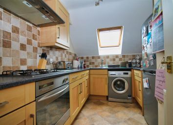 2 bed flat for sale in Cranbrook Road, Parkstone, Poole BH12