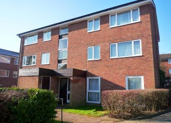 Thumbnail 2 bedroom flat to rent in Inglewood, Pixton Way, Croydon