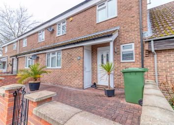 Nuthurst, Bracknell RG12. 3 bed terraced house for sale