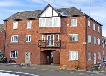 Thumbnail 3 bed flat for sale in Commongate, Macclesfield, Cheshire
