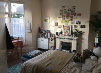 Thumbnail 5 bed shared accommodation to rent in Knoll Avenue, Uplands, Swansea