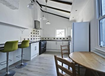 Thumbnail 1 bed flat to rent in Lindrop Street, London