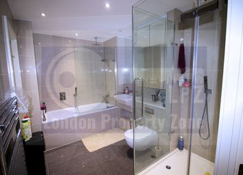 Thumbnail 2 bed flat for sale in Wellesley Road, Croydon