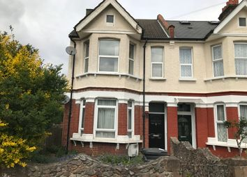 Thumbnail 1 bed flat to rent in Francis Road, Croydon