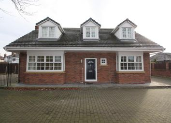 Thumbnail 4 bedroom detached house to rent in Mayfield Avenue, Widnes