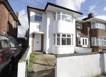 3 bed property to rent in Forterie Gardens, Ilford IG3