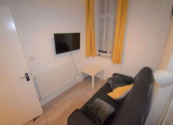 Thumbnail 1 bed flat to rent in Plender Street, London NW10Jt
