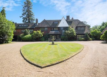 Thumbnail 6 bed detached house for sale in Horseshoe Ridge, Weybridge, Surrey