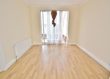 Thumbnail 3 bed property to rent in Fencepiece Road, Ilford