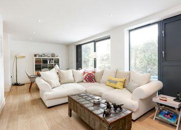 Thumbnail 2 bedroom flat to rent in Mercier Road, London