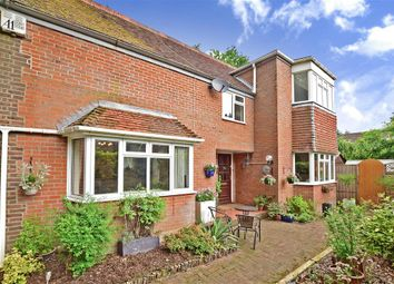 Thumbnail 3 bed detached house for sale in Highfield Gardens, Liss, Hampshire