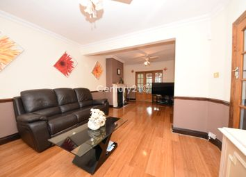 Yoxley Drive, Newbury Park IG2. 4 bed terraced house